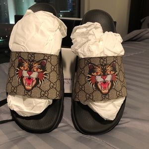 db2a6547c02 Gucci Shoes - Gucci Slippers Men size 10